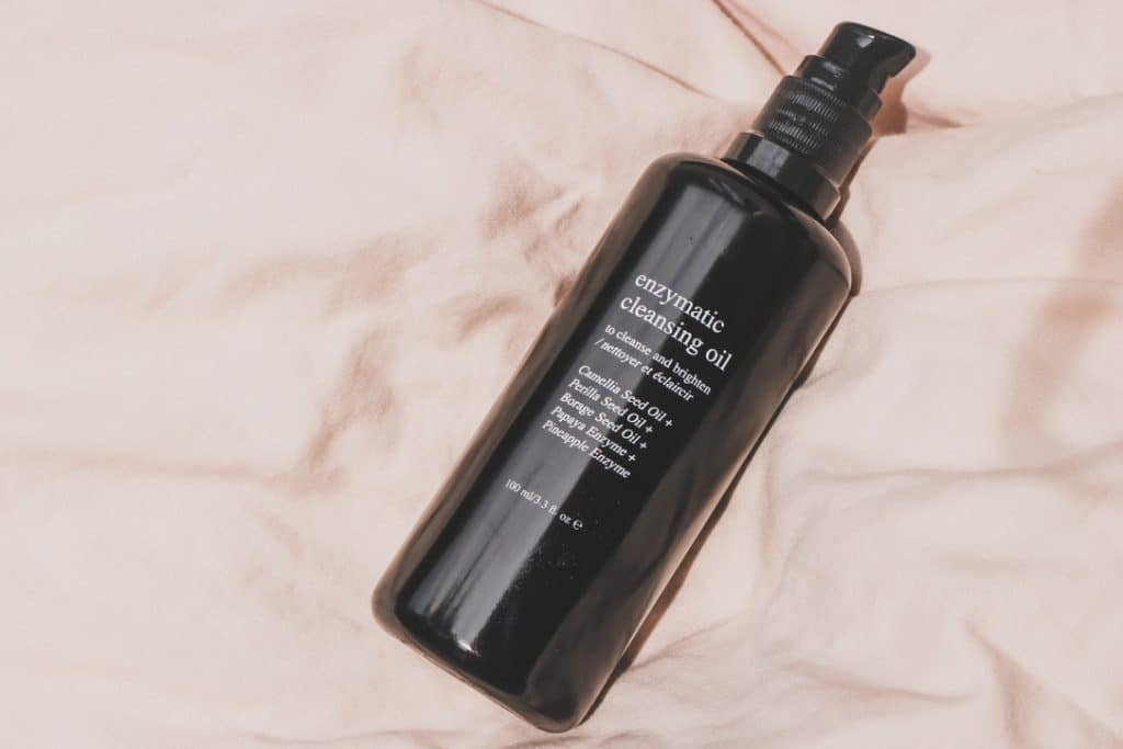 deviant skincare enzymatic cleansing oil